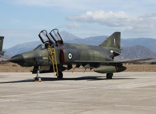 7519 - Greece - Hellenic Air Force McDonnell Douglas RF-4E Phantom II