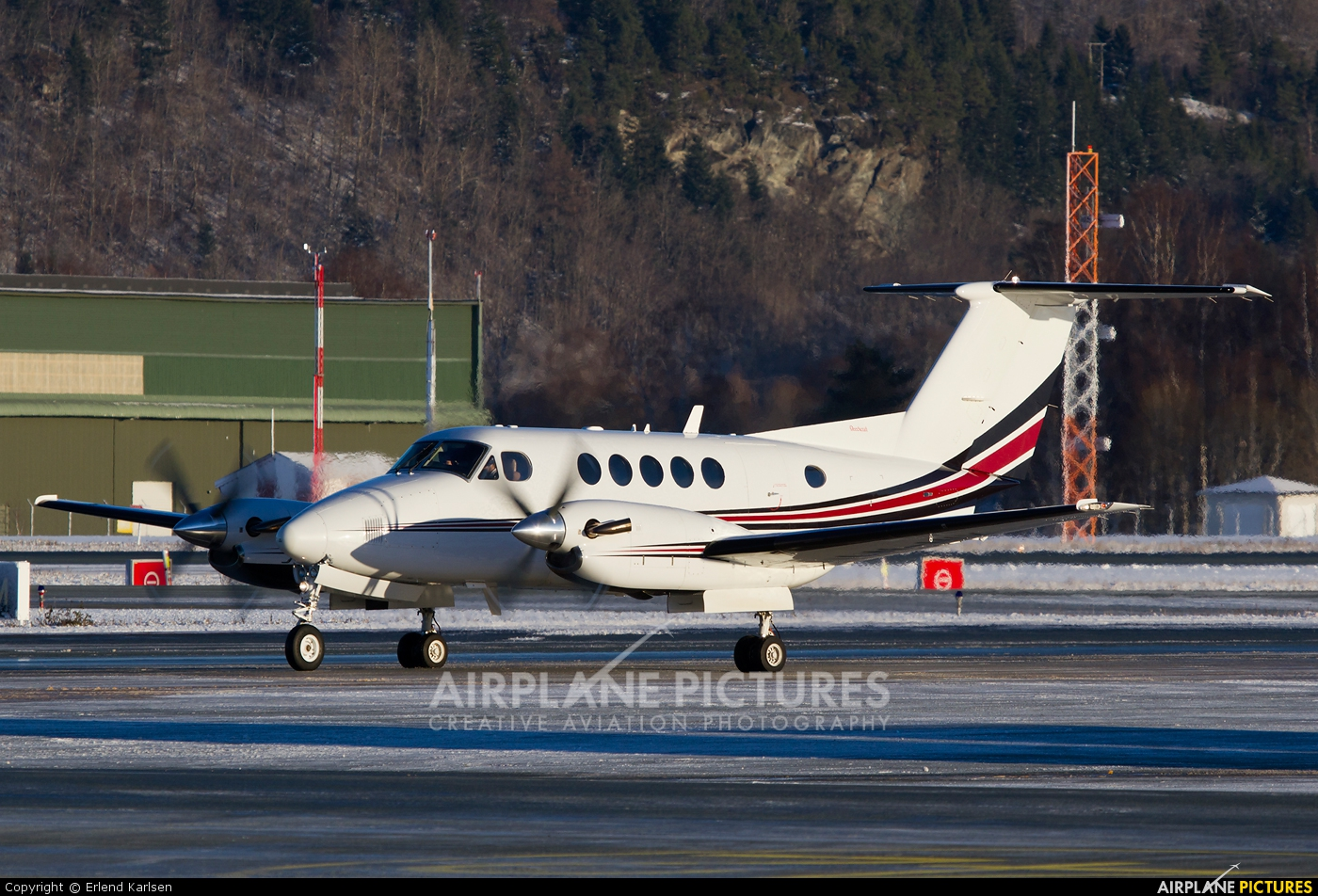 Airwing LN-MIX aircraft at Trondheim - Vaernes