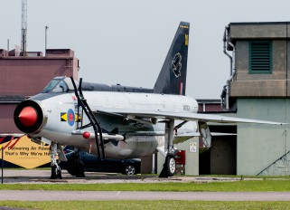 XR753 - Royal Air Force English Electric Lightning F.6