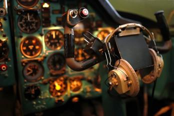 - - Simulator Tupolev Tu-134A