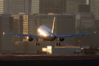 N764US - US Airways Airbus A319