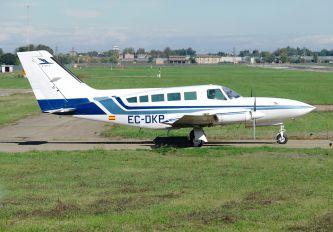 EC-DKP - Private Cessna 402C