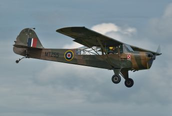 G-ANHU - Private Taylorcraft Auster IV