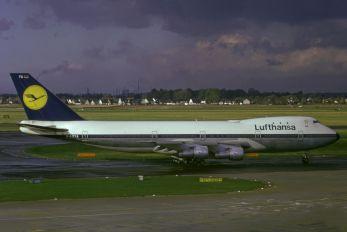 D-ABYA - Lufthansa Boeing 747-100