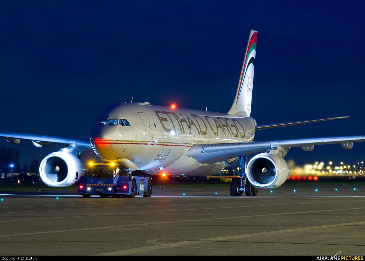 Etihad Cargo A6-DCC aircraft at Amsterdam - Schiphol