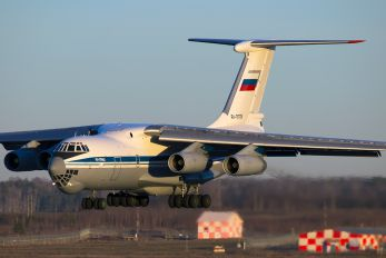 RA-76725 - Russia - Air Force Ilyushin Il-76 (all models)