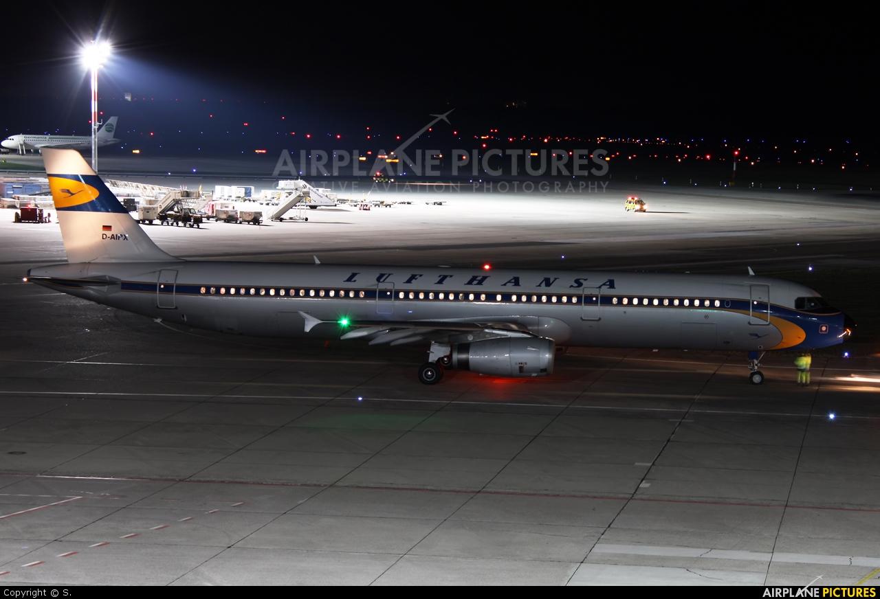 Lufthansa D-AIRX aircraft at Berlin - Tegel