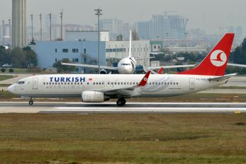 TC-JGO - Turkish Airlines Boeing 737-800