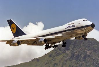 D-ABZD - Lufthansa Boeing 747-200