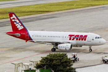 PR-MAI - TAM Airbus A319