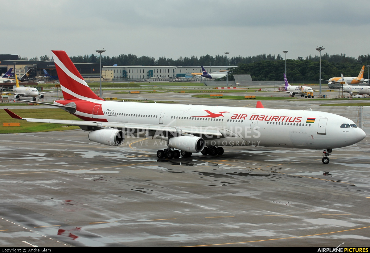 Air Mauritius 3B-NAU aircraft at Singapore - Changi