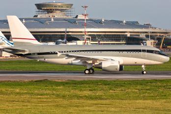P4-MIS - Private Airbus A319 CJ