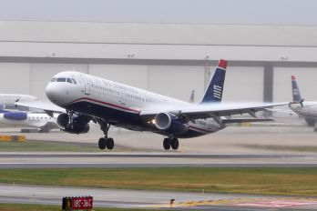 N556UW - US Airways Airbus A321