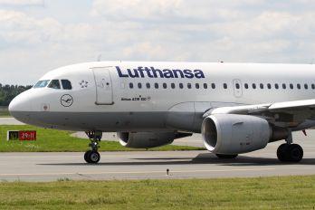 D-AKNI - Lufthansa Airbus A319