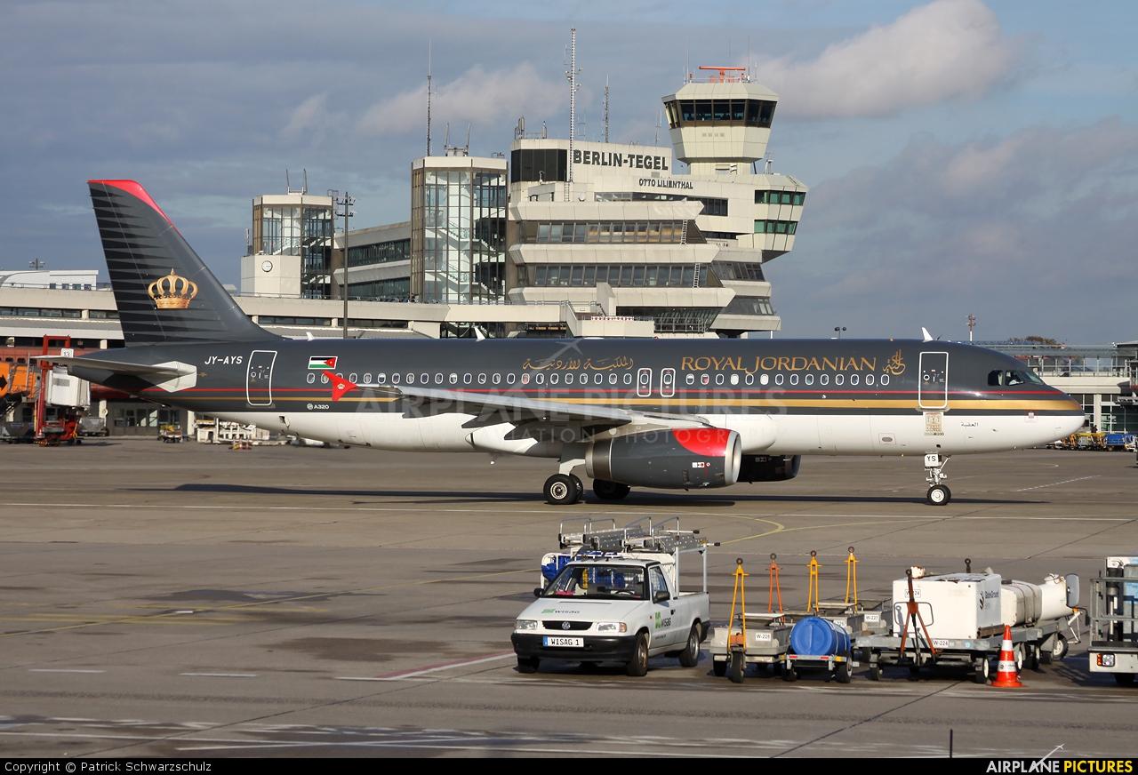 Royal Jordanian JY-AYS aircraft at Berlin - Tegel