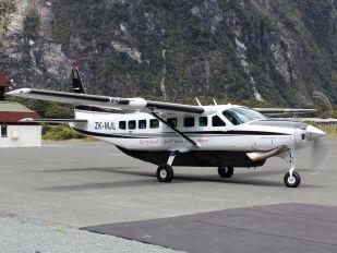 ZK-MJL - Salt Air Cessna 208 Caravan
