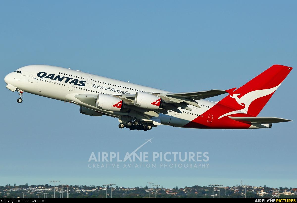 QANTAS VH-OQH aircraft at Sydney - Kingsford Smith Intl, NSW