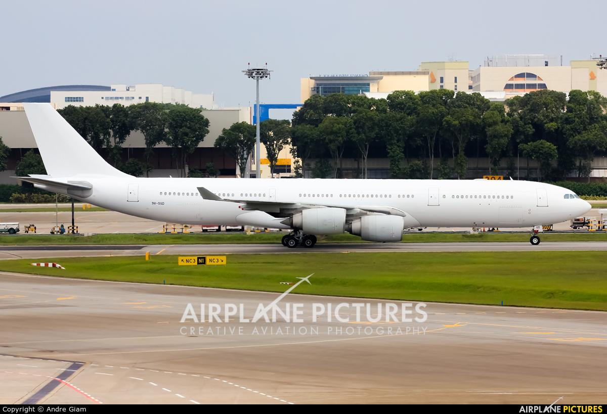 Singapore Airlines 9V-SGD aircraft at Singapore - Changi