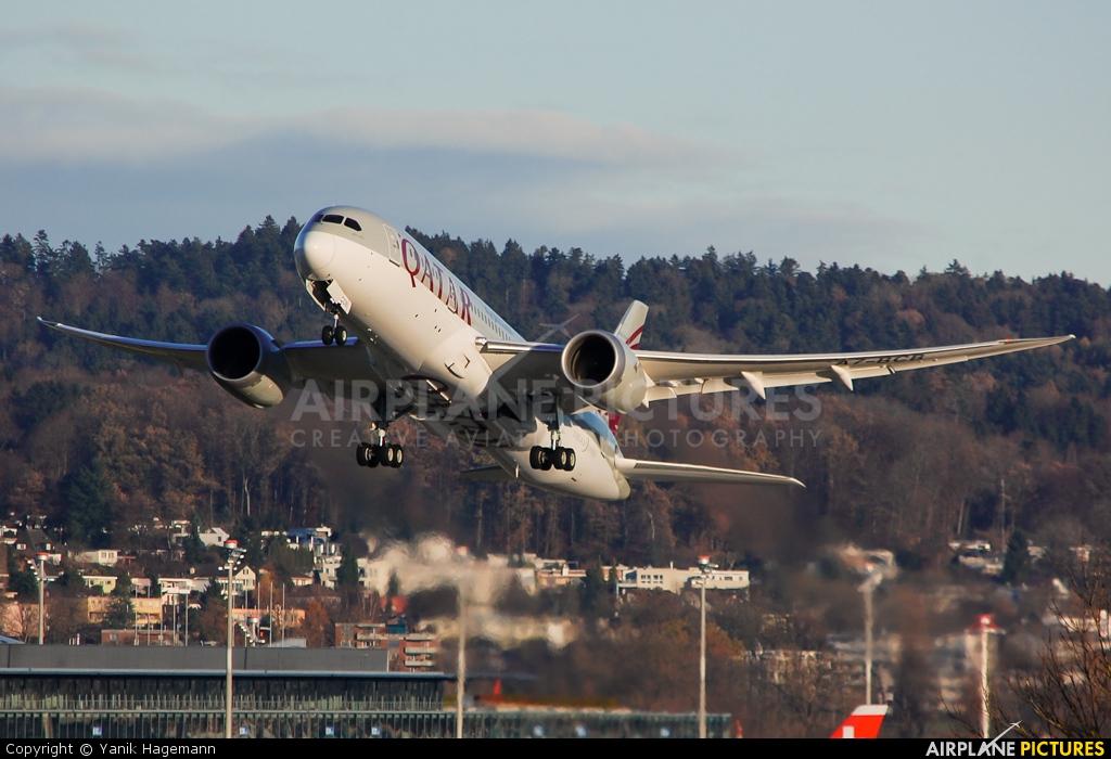 Qatar Airways A7-BCB aircraft at Zurich