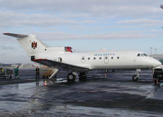 ER-JGD - Air Moldova Yakovlev Yak-40