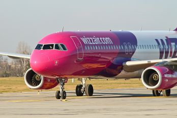 HA-LWL - Wizz Air Airbus A320
