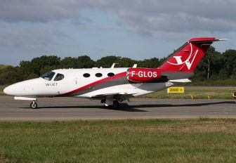 F-GLOS - Private Cessna 510 Citation Mustang