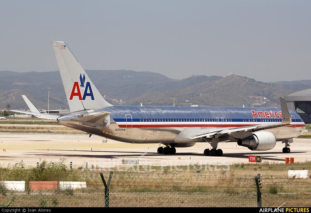American Airlines N399AN aircraft at Barcelona - El Prat