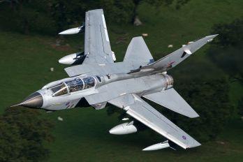 ZA402 - BAe Systems Panavia Tornado GR.4 / 4A