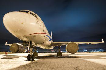 RA-64044 - Vladivostok Avia Tupolev Tu-204