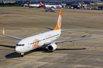 PR-GGK - GOL Transportes Aéreos  Boeing 737-800