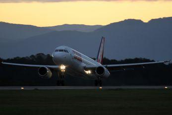 PT-MZX - TAM Airbus A320