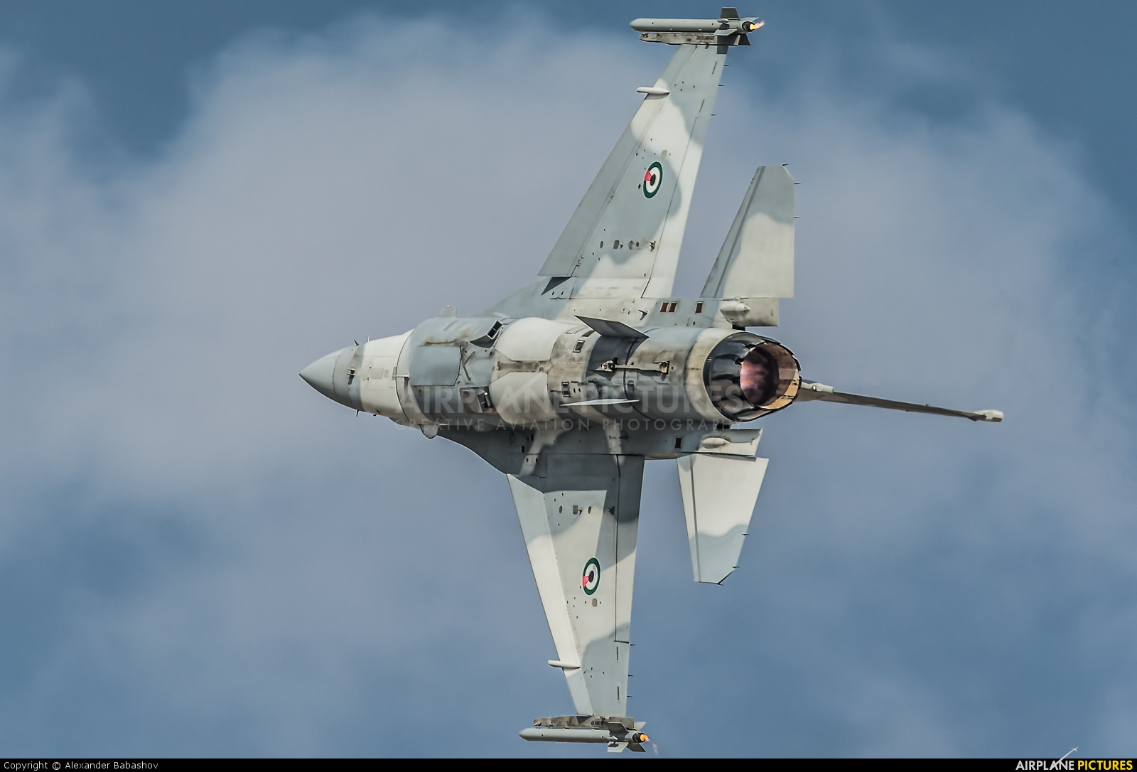 United Arab Emirates - Air Force Lockheed Martin F-16E Fighting Falcon 3080