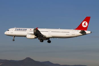 TC-JMI - Turkish Airlines Airbus A321
