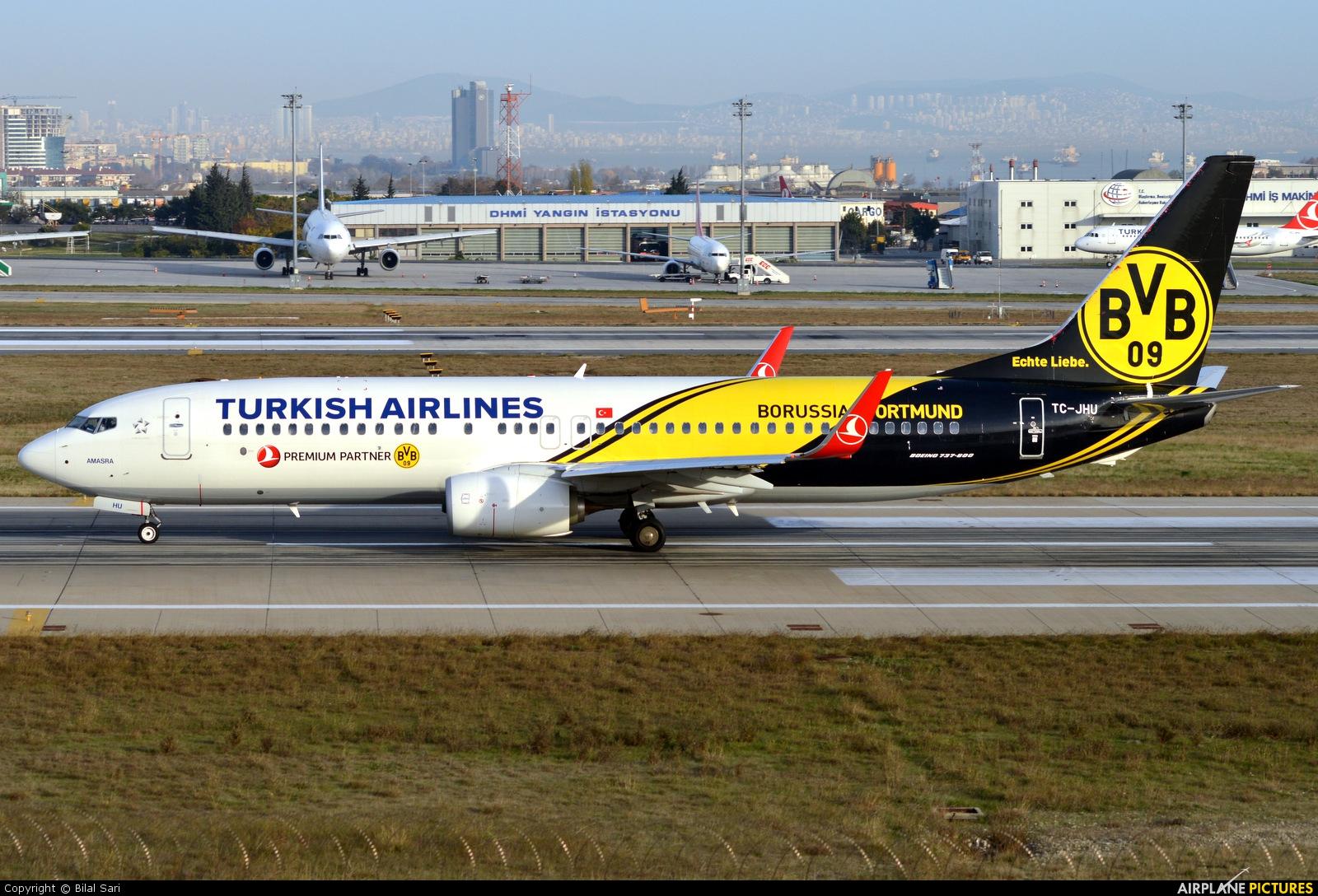 Turkish Airlines TC-JHU aircraft at Istanbul - Ataturk