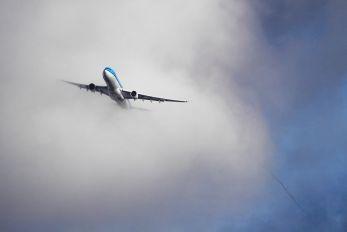 PH-AKA - KLM Airbus A330-300