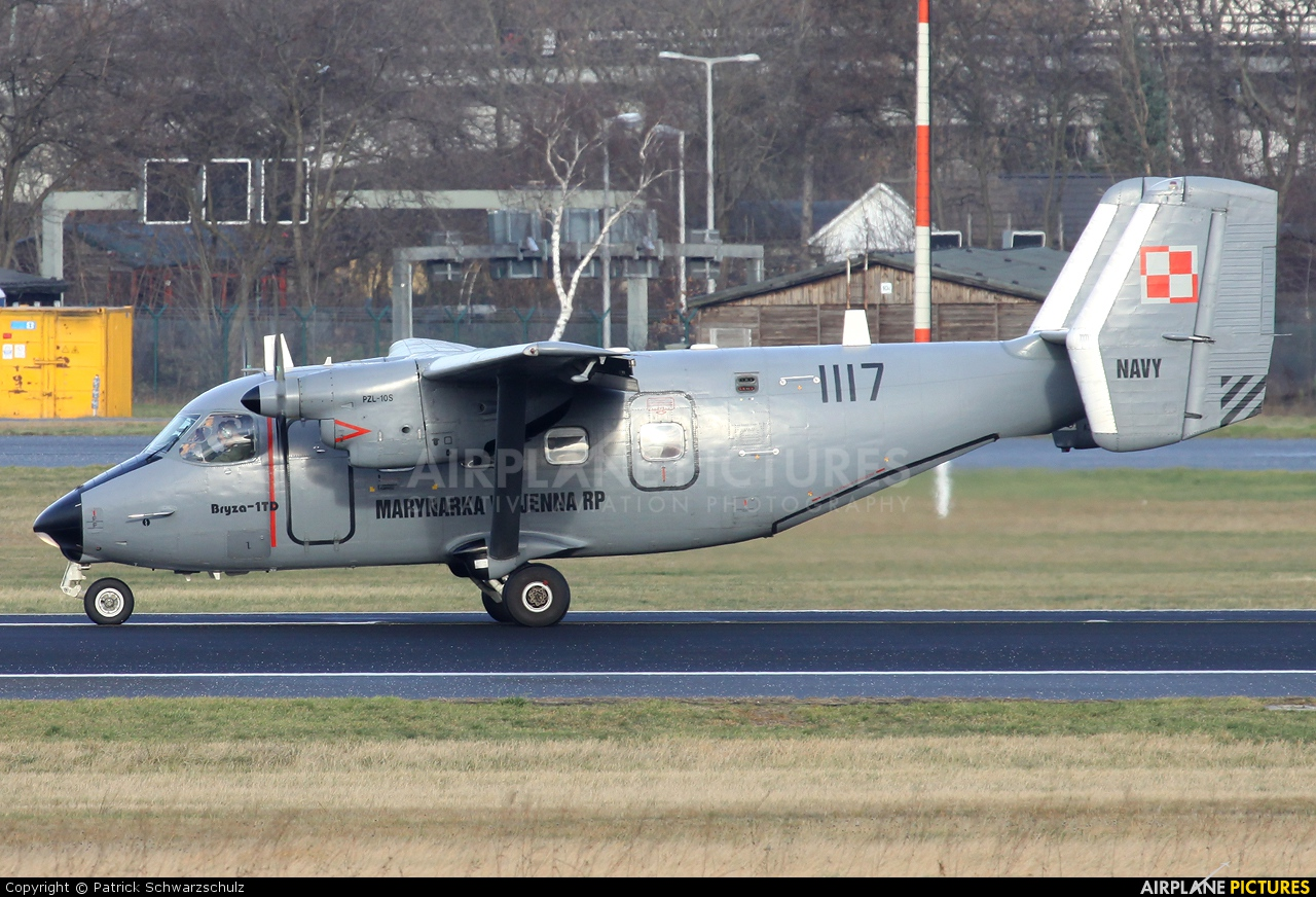 Poland - Navy 1117 aircraft at Berlin - Tegel