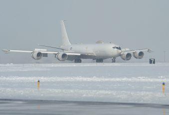 164386 - USA - Navy Boeing 707-300