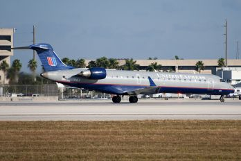 N509MJ - United Express Canadair CL-600 CRJ-701
