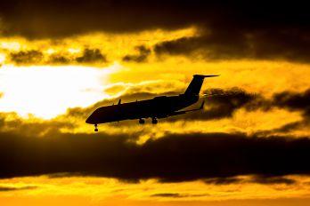 N699BR - SkyWest Airlines Canadair CL-600 CRJ-200