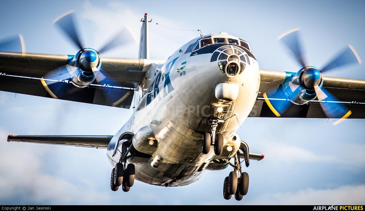 SRX Transcontinental UK-11418 aircraft at St John