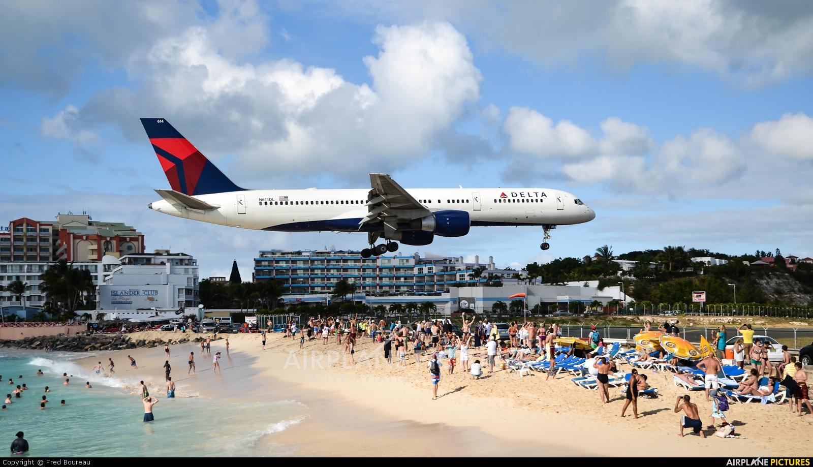 Delta Air Lines N614DL aircraft at Sint Maarten - Princess Juliana Intl