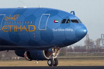A6-EYE - Etihad Airways Airbus A330-200
