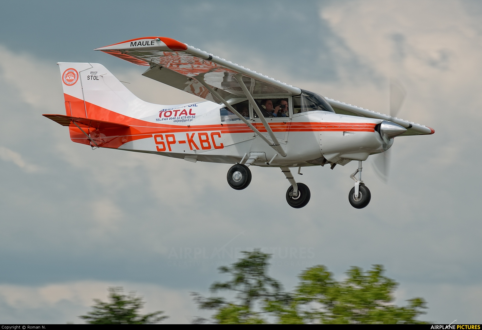 Private SP-KBC aircraft at Płock