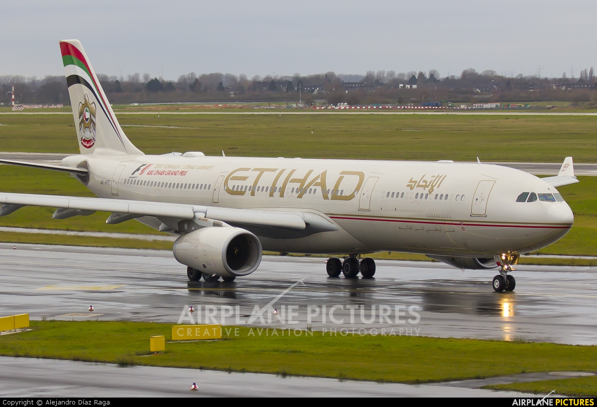 Etihad Airways A6-AFE aircraft at Düsseldorf