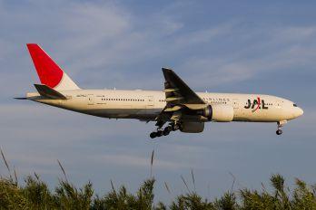 JA710J - JAL - Japan Airlines Boeing 777-200ER