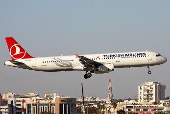 TC-JSB - Turkish Airlines Airbus A321