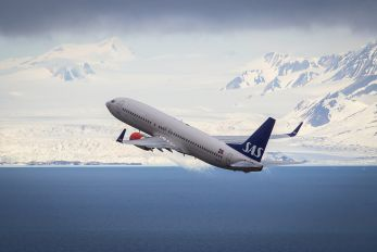 LN-RRF - SAS - Scandinavian Airlines Boeing 737-800