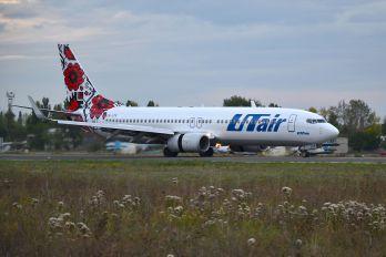 UR-UTR - UTair Ukraine Boeing 737-800