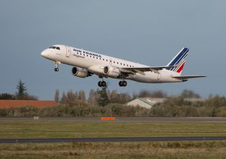 F-HBLE - Air France - Regional Embraer ERJ-190 (190-100)