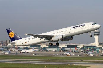 D-AISK - Lufthansa Airbus A321